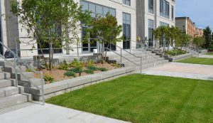 SonomaStone   Garden Wall with SienaStone Steps